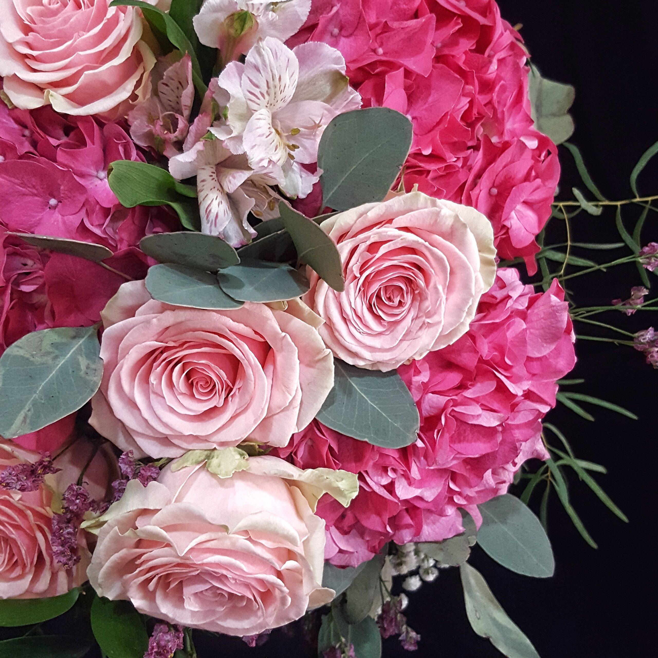 Les Bouquets Fleuristerie - Ramos de Novia
